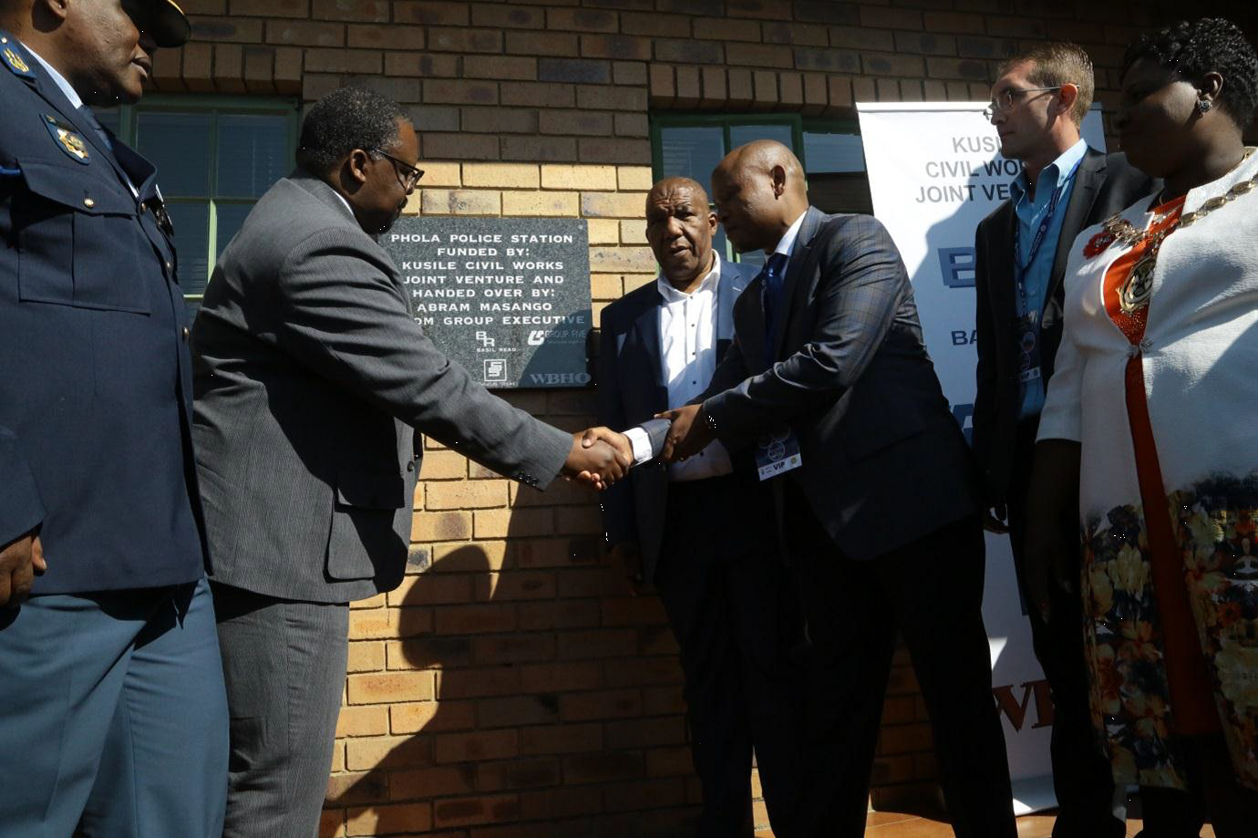 Kusile project gives police station to community under